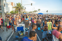 庆祝狂欢节Ipanema里约热内卢巴西的巴西人 免版税图库摄影