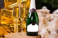 庆祝用豪华香槟 免版税库存照片