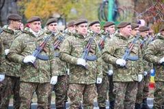 12/01/2018 - 庆祝罗马尼亚国庆节的军队编组在蒂米什瓦拉,罗马尼亚 免版税库存照片