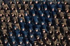 庆祝罗马尼亚的国庆节的军事游行 库存图片