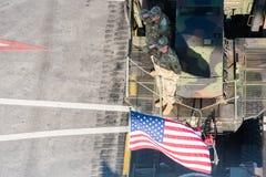 庆祝罗马尼亚的国庆节的军事游行 免版税库存照片