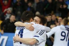 庆祝进的球、UEFA欧罗巴16在发电机之间的秒腿比赛同盟回合和埃弗顿的米格尔・维罗索和Antunes 库存照片
