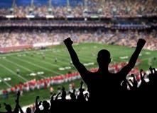 庆祝风扇橄榄球 免版税库存图片