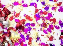 庆祝主题的五彩纸屑和丝带 免版税库存图片