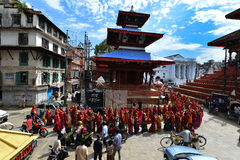 庆祝Dashain节日的尼泊尔人民 免版税图库摄影