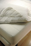 床罩床垫 免版税图库摄影