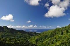 库克群岛山rarotonga视图 免版税图库摄影