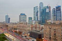 库图佐夫大道和莫斯科国际商业中心 库存照片