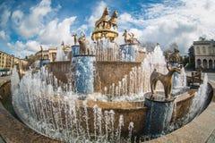库塔伊西,乔治亚- 2014年3月30日:在的喷泉 库存照片