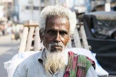 库尔纳,孟加拉国, 2017年2月28日:一个老穆斯林的画象 免版税库存图片