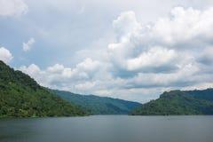 库恩丹Prakanchon水坝和国家公园在泰国,采取在a 免版税库存照片
