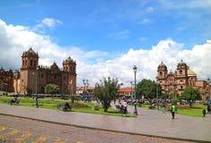 库斯科、秘鲁、2018年5月5日,库斯科大教堂和Iglesia de la广场的de阿玛斯Compania德赫苏斯 免版税图库摄影