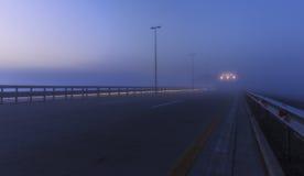 从巴库的赛车场机场的在一个有薄雾的早晨 库存照片