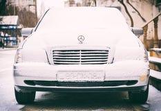巴库街道在雪冬日 图库摄影