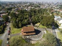 库里奇巴,鸟瞰图树丛做Alemao公园 巴拉那-巴西 2017年7月 免版税库存图片