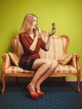 应用可爱的唇膏妇女 组成 免版税库存图片
