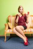 应用可爱的唇膏妇女 组成 库存图片
