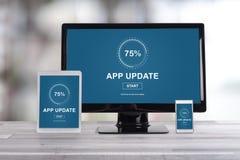 应用在不同的设备的更新概念 库存图片