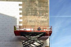 应用在墙壁大厦的工头瓦片 库存照片