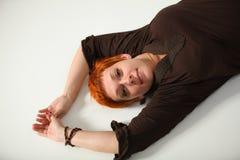 应用的作用过滤头发红色妇女 免版税库存照片
