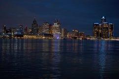 底特律全景地平线在晚上2017年11月射击了 图库摄影