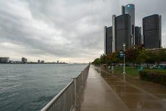 底特律河Cloudscape 免版税图库摄影