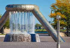 底特律` s牡鹿广场喷泉 免版税图库摄影