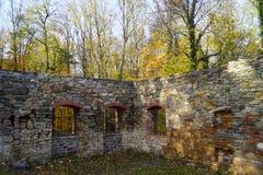 废墟和窗口 库存照片