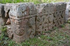 废墟在古老玛雅站点乌斯马尔,墨西哥 免版税库存图片