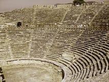 废墟在古镇希拉波利斯土耳其 免版税库存图片
