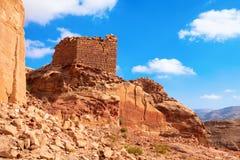 废墟在沙漠 免版税库存照片