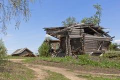 废墟放弃了村庄 库存照片