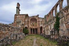 废墟的修道院 库存图片