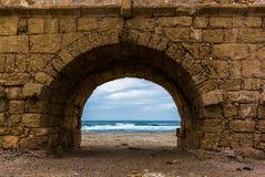 废墟罗马渡槽- 11的看法 库存图片