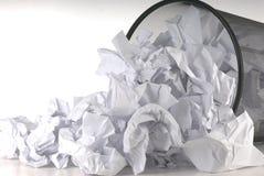 废字纸篓 免版税库存照片