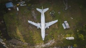 废弃的飞机 免版税库存照片