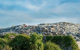 废物开放灼烧的站点 免版税库存照片