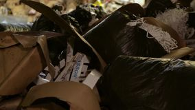 废纸大仓库在工厂 股票视频