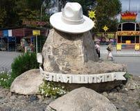 度假村的标志阿纳帕-白色帽子(克拉斯诺达尔,俄罗斯) 免版税库存图片