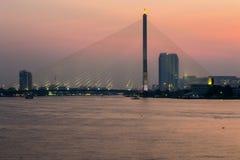 8座桥梁晚上rama 免版税库存图片