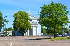 19座钟楼c教会芬兰hamina保罗・彼得st 圣Ioann ` s教会看法  免版税图库摄影