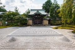 庭院和亭子在Kodai籍寺庙,京都 图库摄影