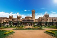 庭院和班加罗尔国王宫殿,卡纳塔克邦,印度图象 免版税库存图片