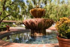 庭院喷泉 免版税库存照片