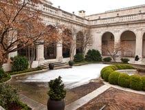 庭院在冬天 免版税库存图片