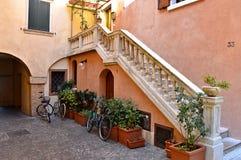 庭院在加尔达湖,意大利 库存图片