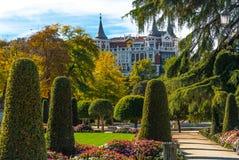 庭院在马德里的主要公园城市 库存图片