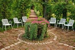 庭院安排休息 免版税库存照片