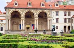 庭院宫殿布拉格wallenstein 免版税库存照片