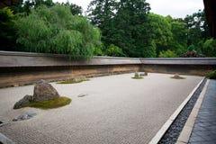 庭院日本京都岩石禅宗 库存图片